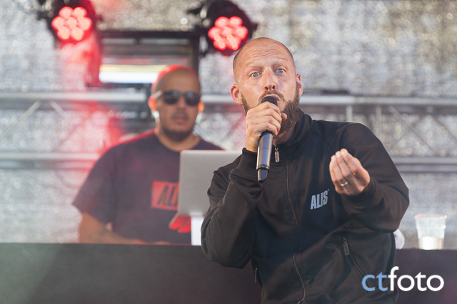General knas_this is hultsfred_2015_004