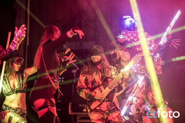 Juno-Reactor_and_The Mutant Theatre_08